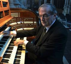 Edward De Geest aan het orgel. © Bisdom Gent.