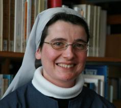 Zuster Marie-Jean Noville is de nieuwe verantwoordelijke van de Franstalige Interdiocesane Dienst voor Roepingenpastoraal © SIPI