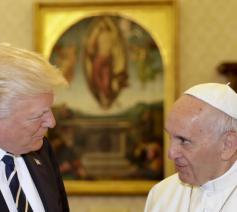 President Trump ontmoette tijdens zijn eerste buitenlandse reis ook paus Franciscus © SIR