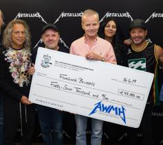 Metallica schonk eerder ook al 47.000 euro aan de voedselbank in Brussel © All Within My Hands Foundation