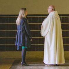 Abt Lode Van Hecke met Alicja Gescinska in Wanderlust op Canvas, te zien op zondag 1 oktober © Kris Van de Voorde