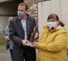 Minister Beke overhandigde de Prijs Armoede UItsluiten © Welzijnszorg