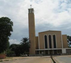 Een Burundese kerk © Fides
