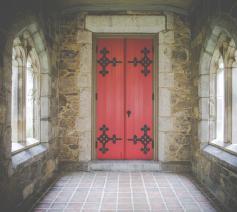 vorming op aanvraag: houden van kerk en liturgie © Free-Photos via Pixabay