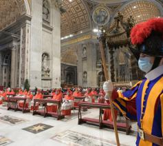 Paus Franciscus vierde eucharistie met de nieuwe kardinalen © Vatican Media