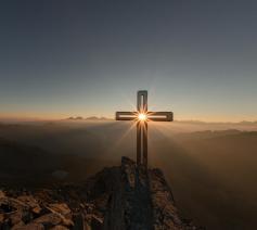 'Daarna is Jezus opgestaan uit de dood', zeg ik. © Eberhard Grossgasteiger / Unsplash