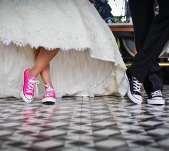 Trouwen voor de kerk doe je niet voor de traditie of de mooie kleren. Het hart van het christelijk huwelijk is een belofte. © CC Pexels