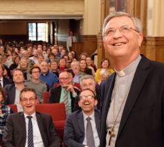 Bisschop Johan Bonny stelt nieuw leerplan r.-l. godsdienst voor © Rik Depré