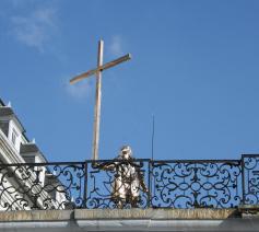 Man die het kruis draagt, Jan Fabre.