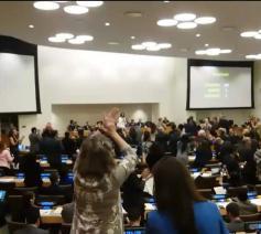 kernwapenverdrag aangenomen