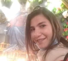 De achttienjarige Martina Manah Suleiman was met haar vriend op stap toen zij werd ontvoerd © Facebook Charbel Eid