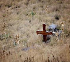 kruis in de woestijn © (c)pixabay