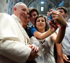 paus en jongeren