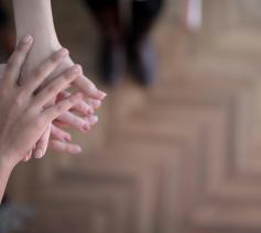 Caritas en solidariteit © Foto door Andrea Piacquadio via Pexels