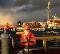 Sea Watch zorgt voor de redding van vluchtelingen © Seawatch/COMECE