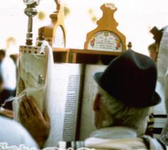 De Thora vormt de kern van het joodse leven © Philippe Keulemans