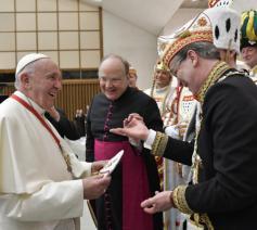 Prins Marc I van Keulen, in gesprek met de paus © Vatican Media