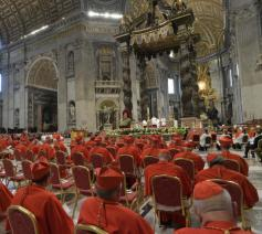 Een consistorie voor nieuwe kardinalen © Vatican Media