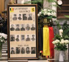 In de misviering van 11 november worden voor de drie deelgemeenten ieder jaar de namen van de militaire en burgerlijke slachtoffers van beide wereldoorlogen en de conflicten nadien met veel eerbied genoemd.