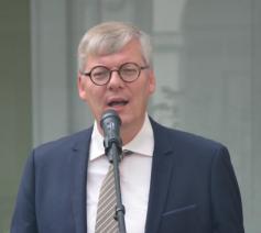 Jürgen Mettepenningen, bisschoppelijk afgevaardigde voor het Nederlandstalig onderwijs in het aartsbisdom Mechelen-Brussel en moderator van de Erkende Instantie r-k Godsdienst