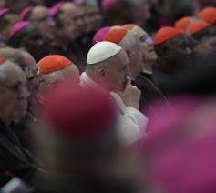 Paus Franciscus tijdens de synode in Rome © Vatican Media
