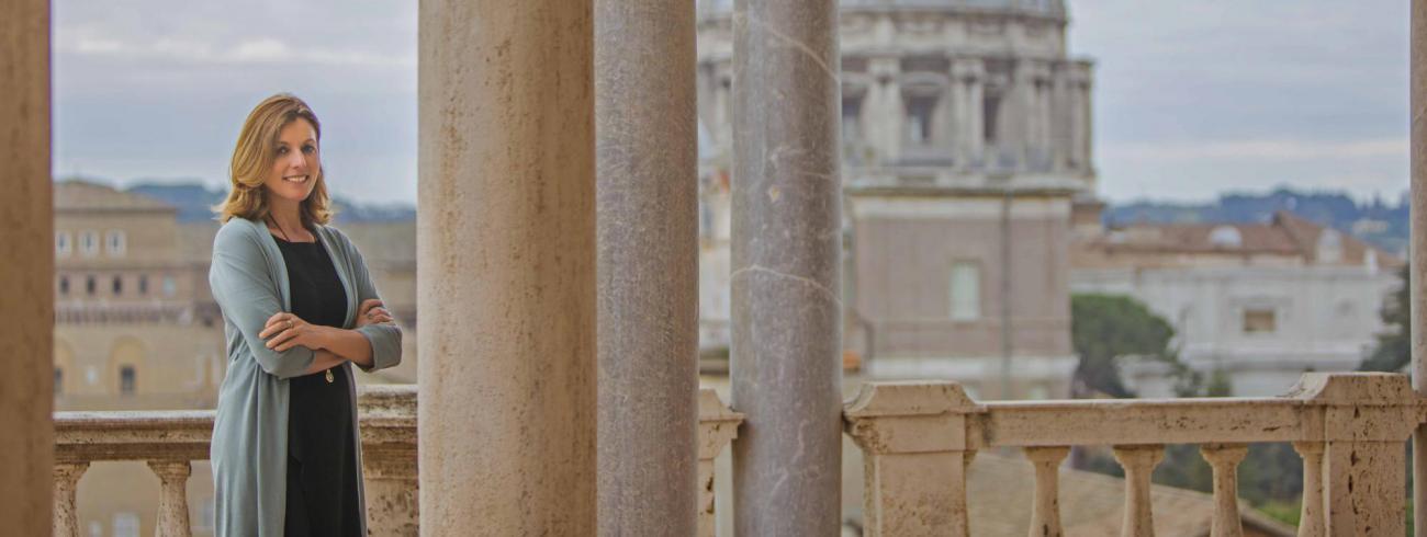 """""""De gebouwen waarin onze collecties huizen zijn de moeite waard, net als het uitzicht op Rome en het Vaticaan"""",  oordeelt Barbara Jatta, directeur van de Vaticaanse musea.   © Vaticaanse Musea"""
