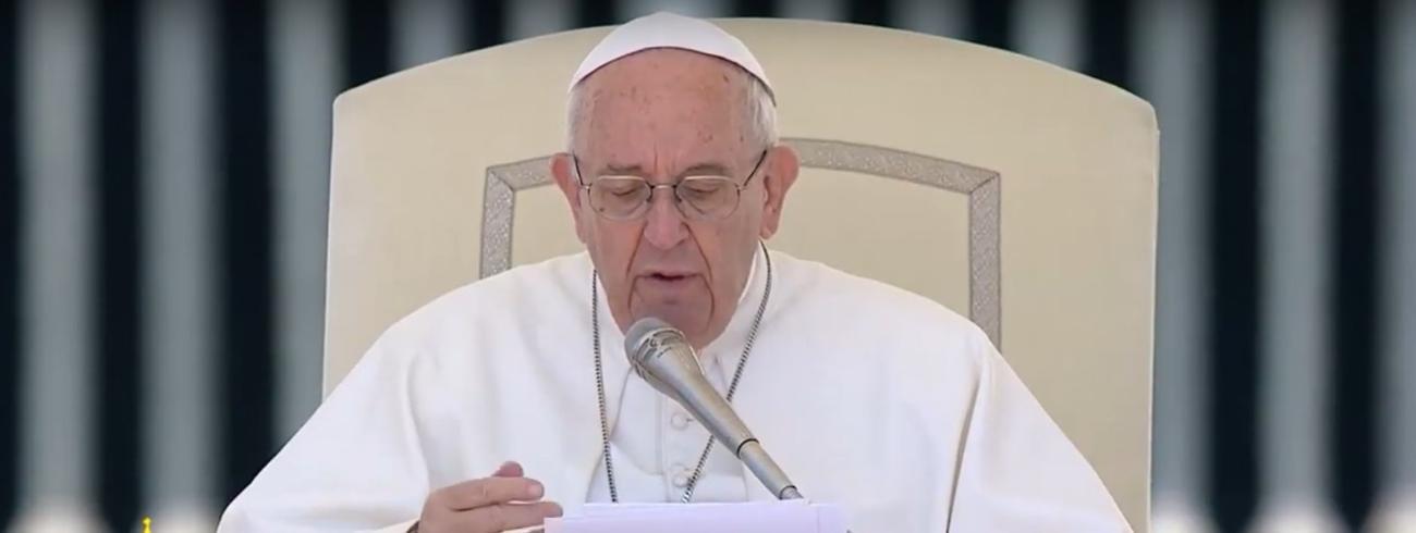 Paus Franciscus tijdens de algemene audiëntie van woensdag 17 mei 2017 © CTV