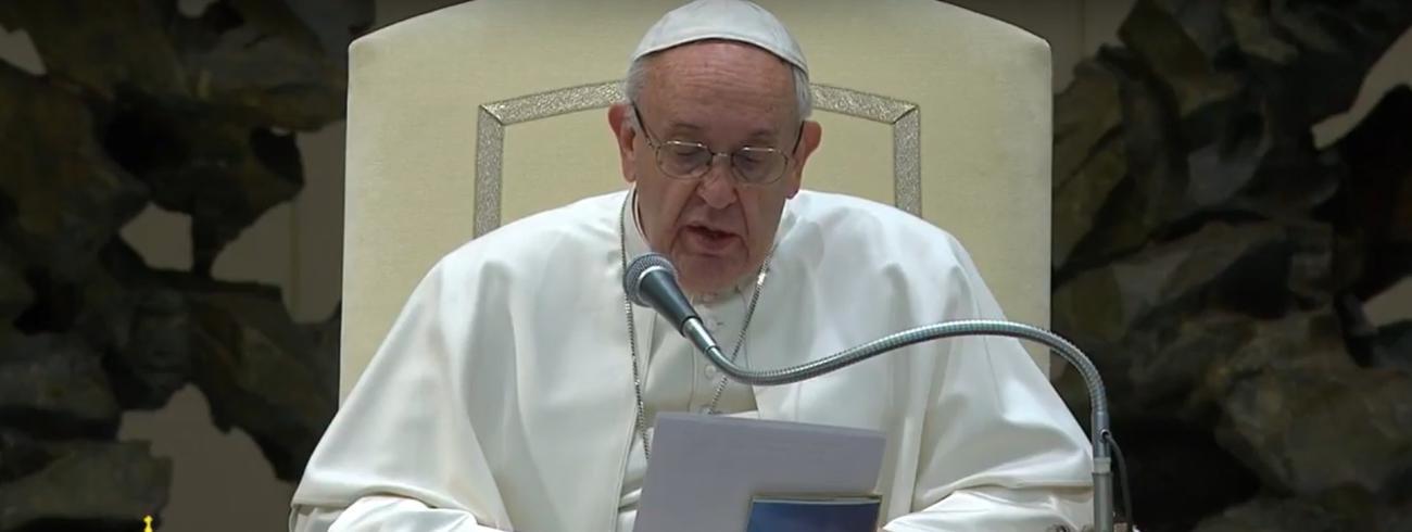 Paus Franciscus tijdens de algemene audiëntie op woensdag 8 februari 2017 in de Paulus VI-aula © CTV