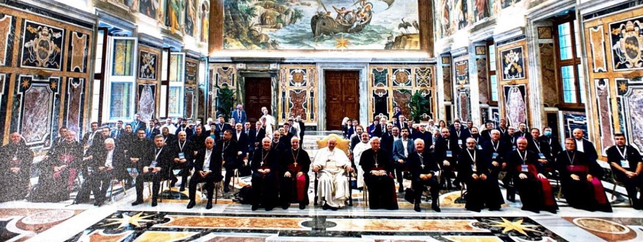 De catecheseverantwoordelijken van de Europese bisschoppenconferenties op audiëntie bij paus Franciscus © VaticanMedia
