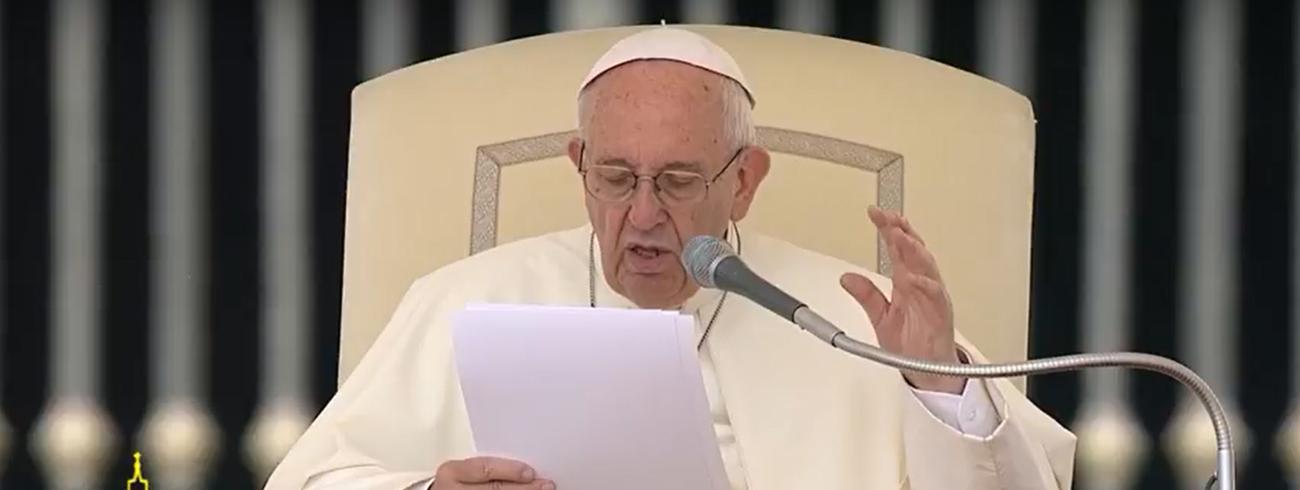 Paus Franciscus tijdens de algemene audiëntie van woensdag 24 mei 2017 © CTV