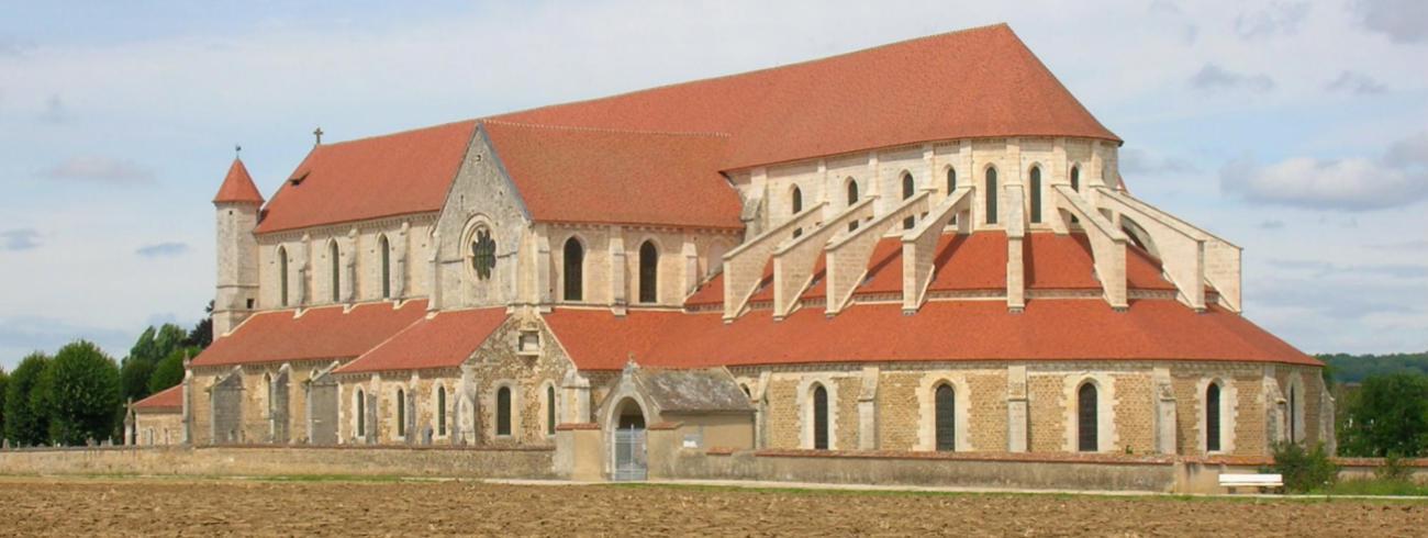 De kerk van de abdij van Pontigny doet dienst als kathedraal van de territoriale prelatuur Mission de France.  © LPLT