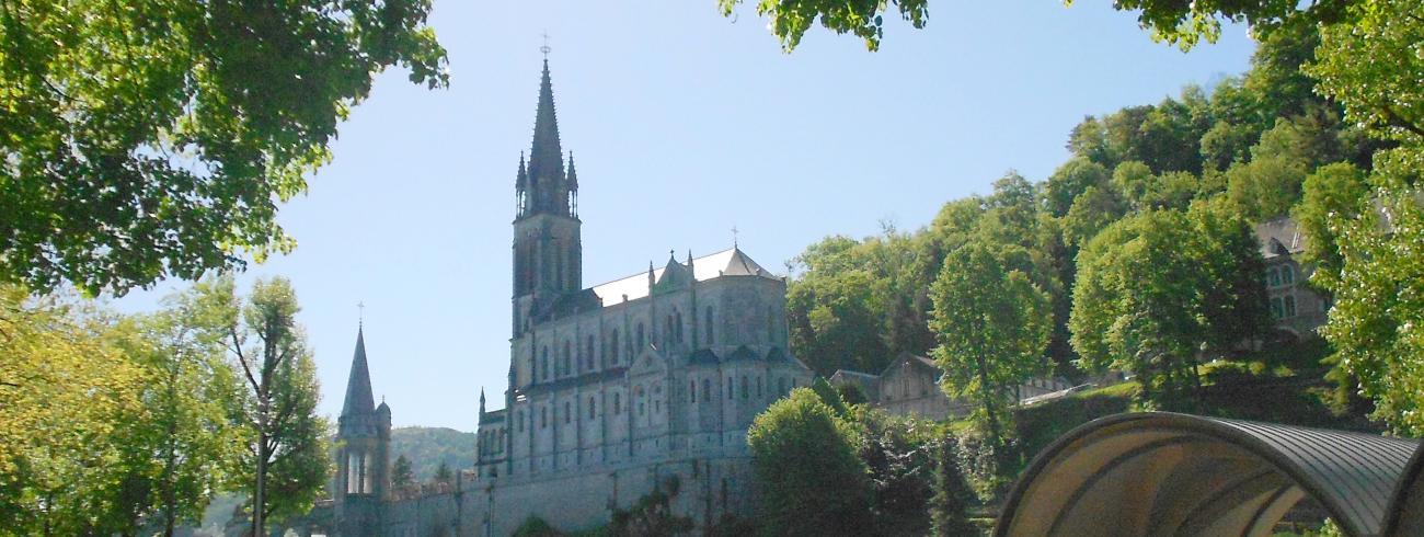 Lourdes header