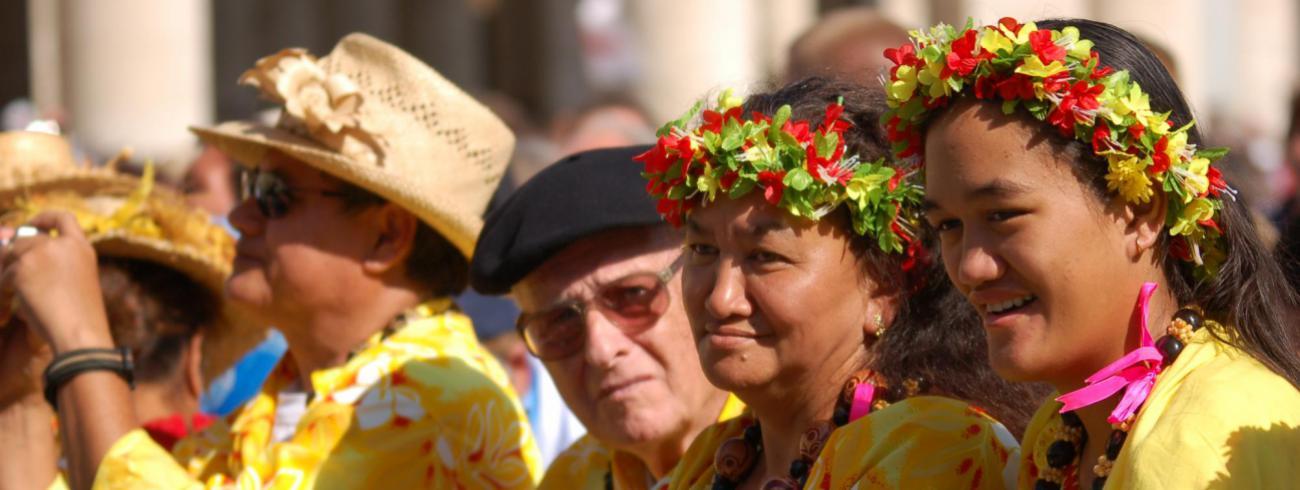 Hawaïanen tijdens de Heiligverklaring van pater Damiaan in Rome © Philippe Keulemans