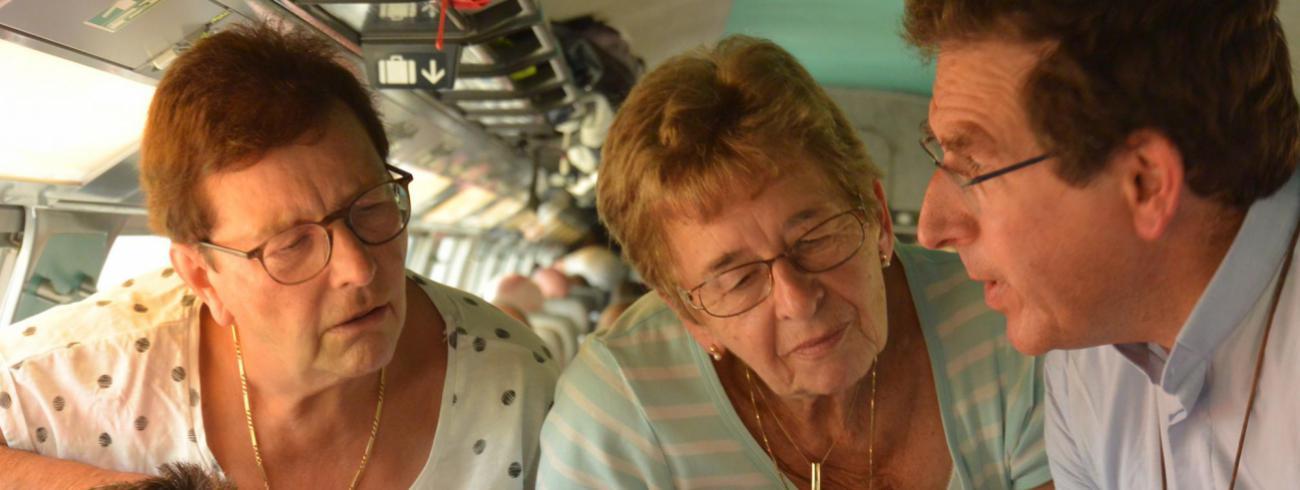 Hilda Defossez (links) in Lourdes. © Bernadette Ryckewaert