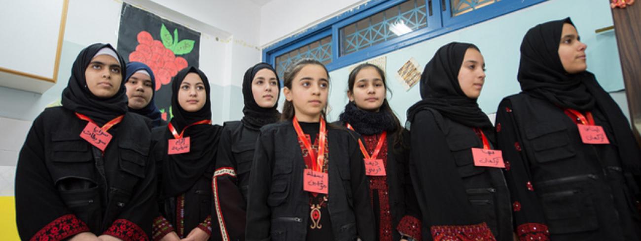 De bisschoppen bezochten een meisjesschool in Jenin © Marie Dennis/Pax Christi