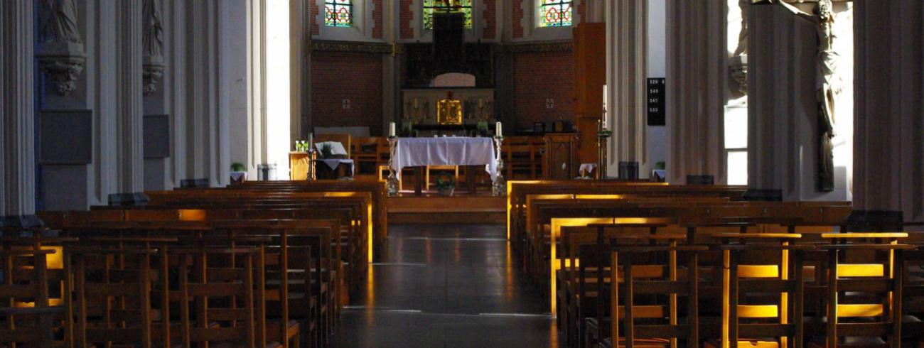 Binnenzicht van de kerk © JvR