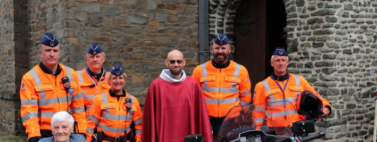 Dave Vannieuwenhuyse is tot priester gewijd © Rudi Verbeke