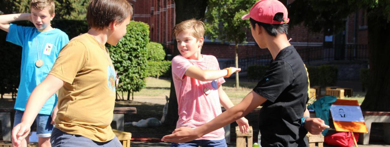 Gezelligheid troef op Pluskamp, het allerleukste kamp voor jongeren die zoekend zijn in geloof! © Nele Huyck