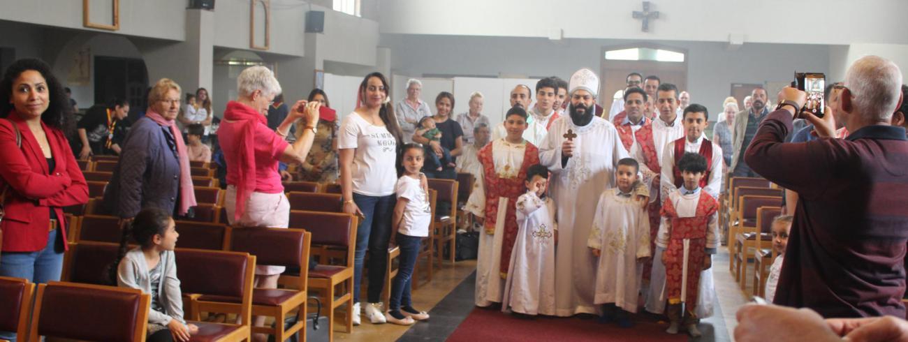 Groepsfoto van pastoor Moussa en de diakens © JvR