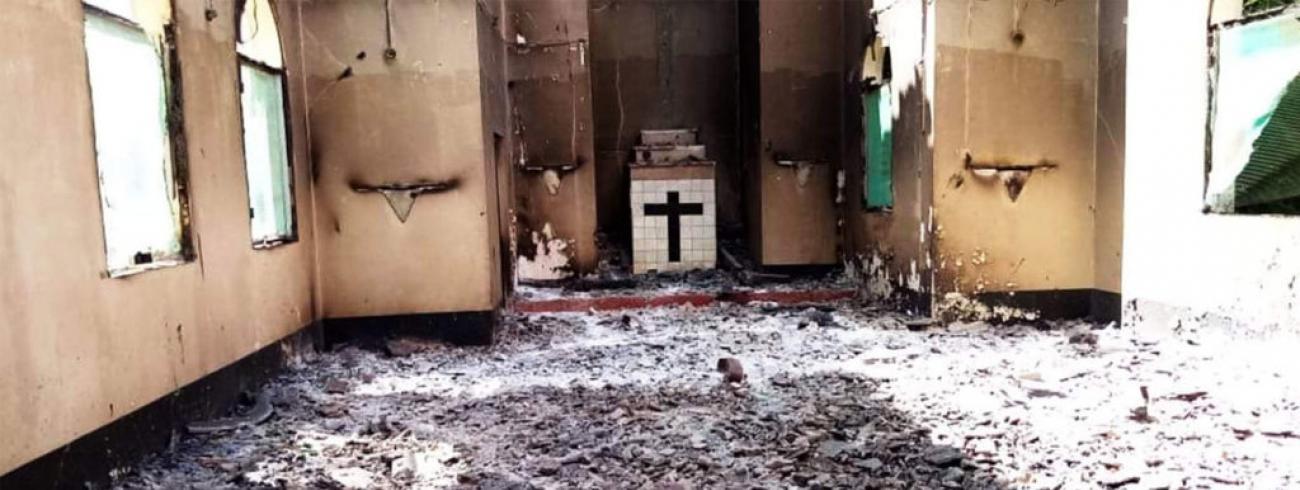 Jihadisten branden kerk plat in Mozambique © Kerk in Nood