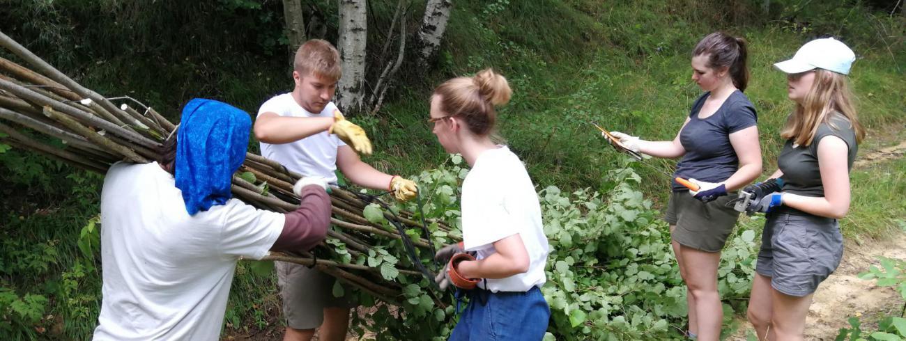 Lieselot op bouwkamp in Bulgarije