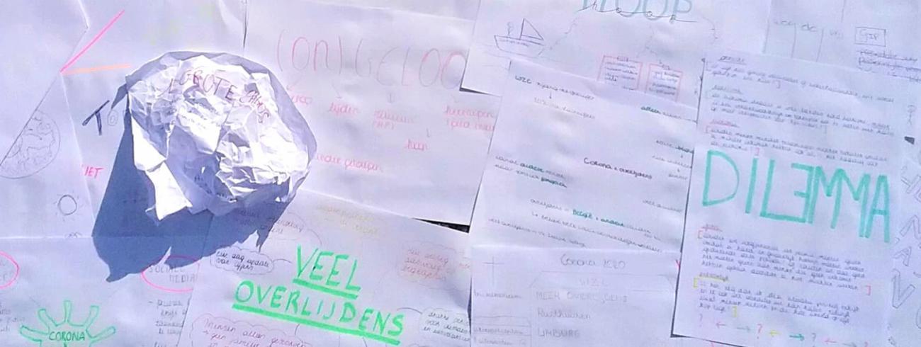 Van 'grote chaos' (papierprop) tot 'hoop'. De leerlingen van Lize Kessels drukken uit wat de coronaperiode voor hen betekende.