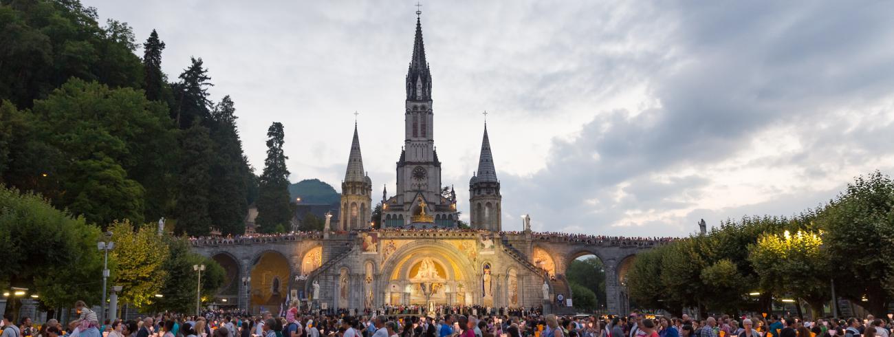 De Limburgse diocesane bedevaart naar Lourdes staat in het teken van het thema 'Zalig, gij die arm zijt!' © Semmick Photo