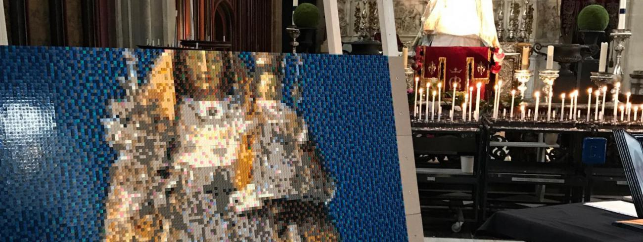 Maria in 29.098 LEGO-blokjes. © Lieve Wouters