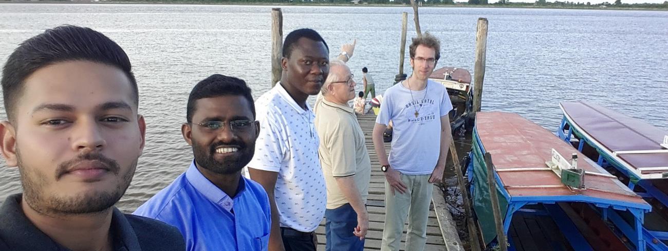 De Salvatoriaanse ploeg ad-hoc bij een daguitstap