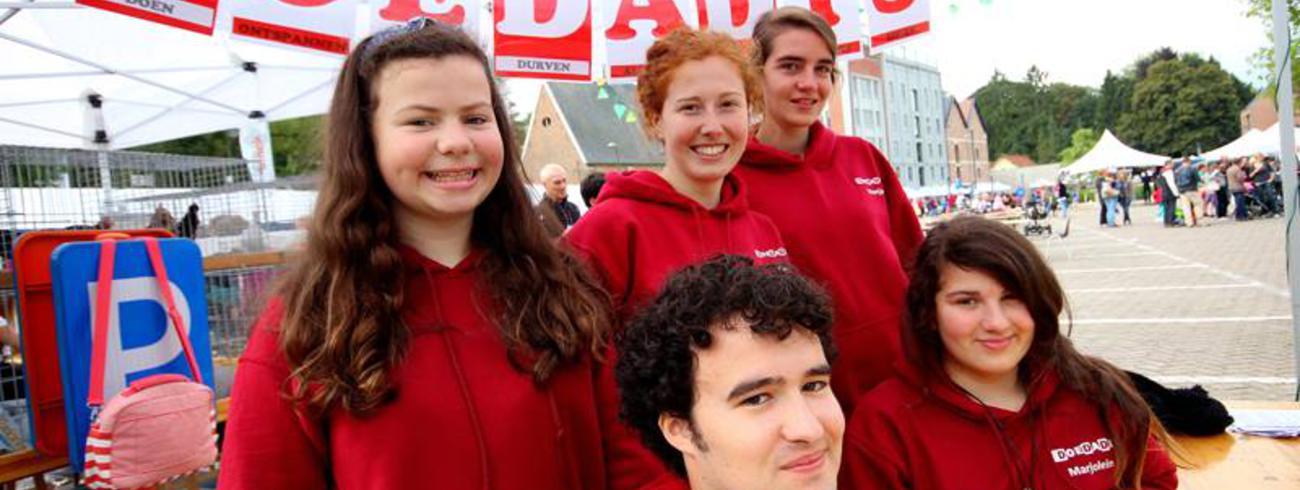 DoeDaDis op de verenigingenmarkt van Overijse © Vibe Demol, DoeDaDis