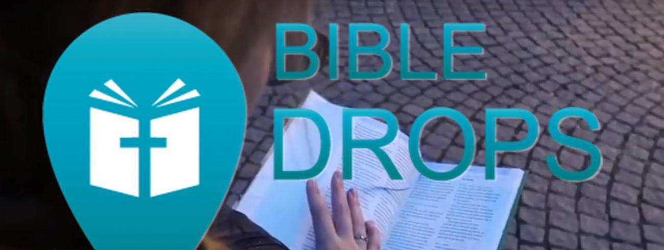 Bible Drops geeft jongeren de kans om de Bijbel (letterlijk) op de kaart te zetten.