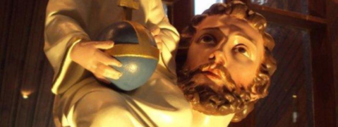 Beeld van Sint-Kristoffel in de Sint-Pieterskerk