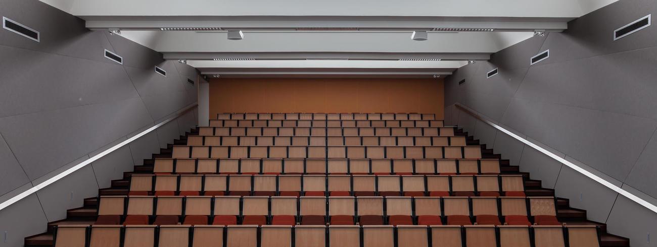 Auditorium TPC Antwerpen © Thomas De Bruyne-Giovanni Bauwens