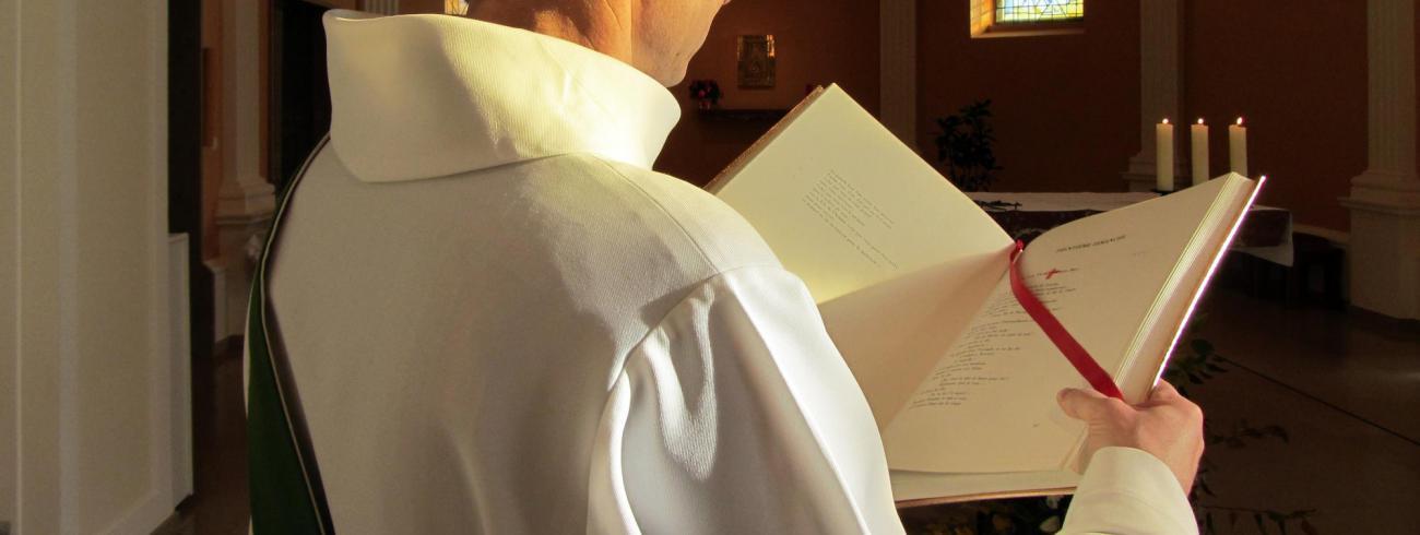 """""""Het is mijn grote wens dat het Woord van God steeds meer gevierd, gekend en verspreid wordt."""""""